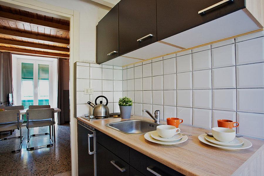 appartement Spiaggia heeft een terras met zeezicht